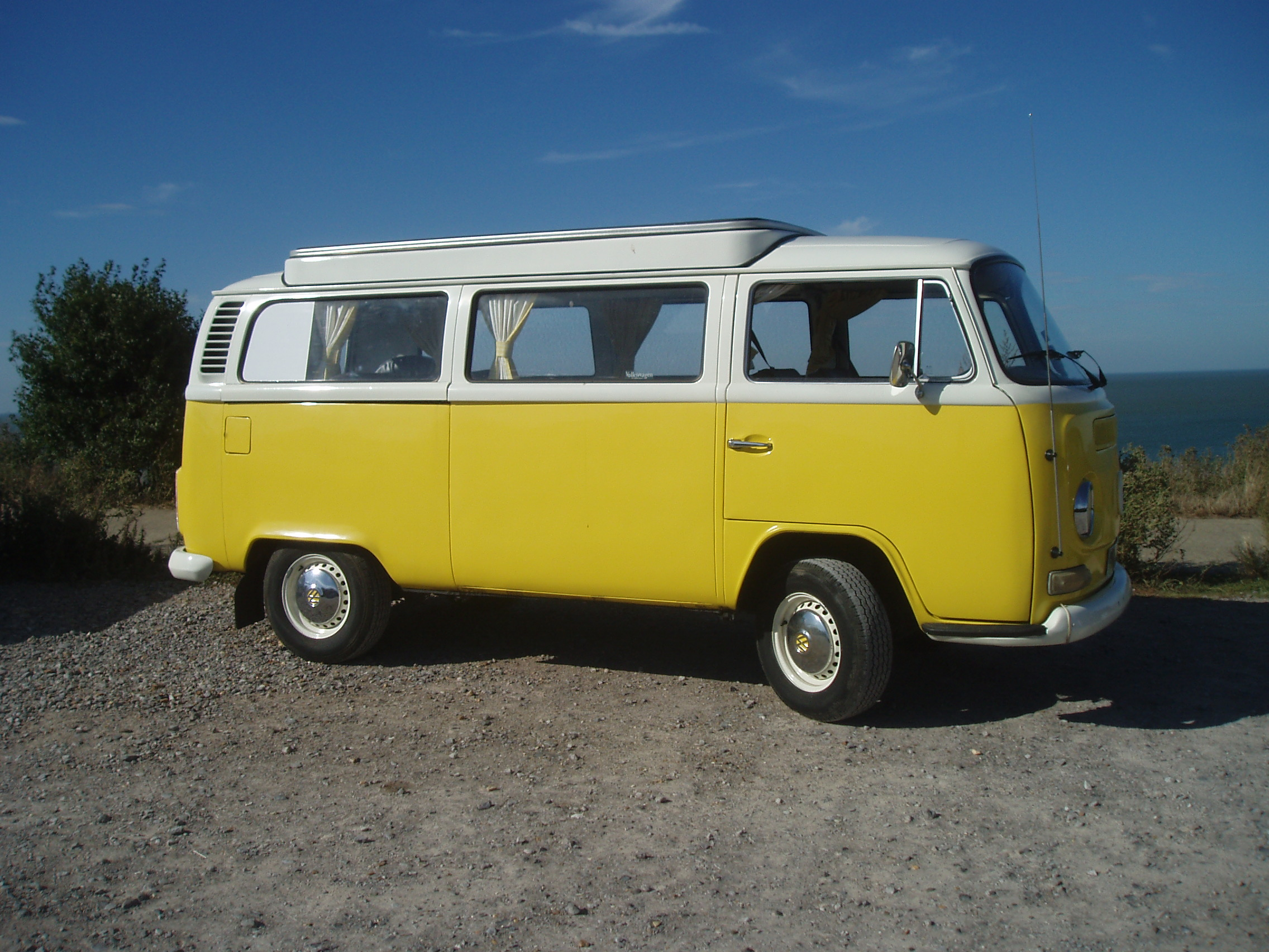 1972 VW T2 Bay Window Devon Camper Daphne